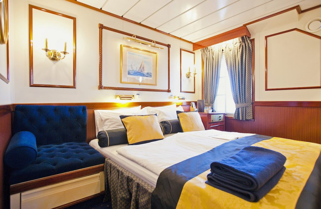 Star Clippers cabin bedroom during sailing